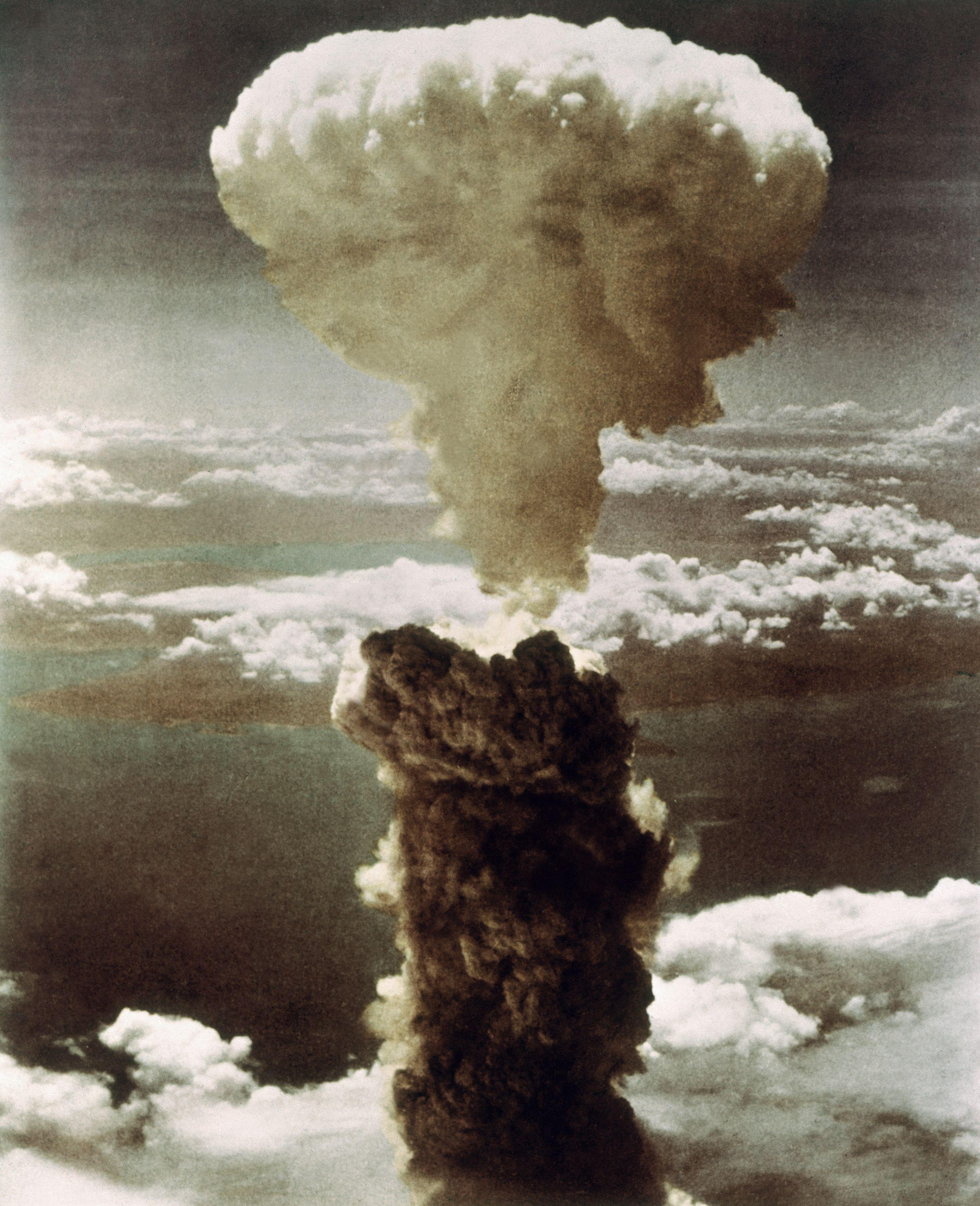 10 histoires secrètes sur la bombe - Ça m'intéresse