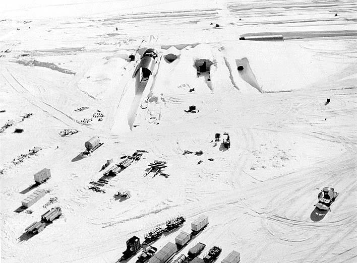 Camp Century, une base militaire sous la glace du Groenland