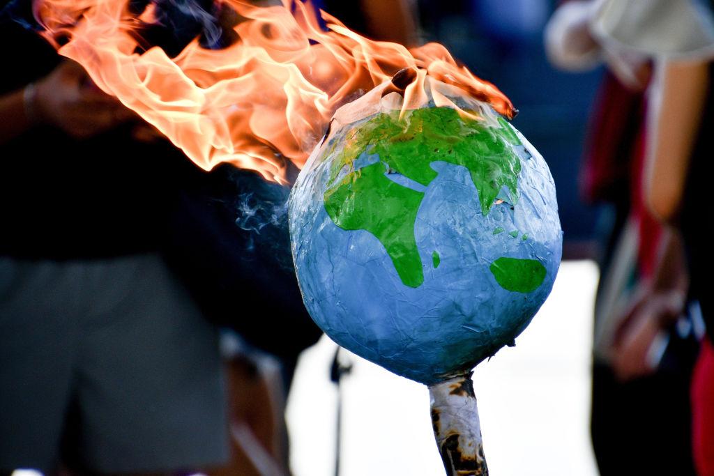 Climat : des scientifiques appellent à une réponse «d'urgence similaire» à celle contre le Covid