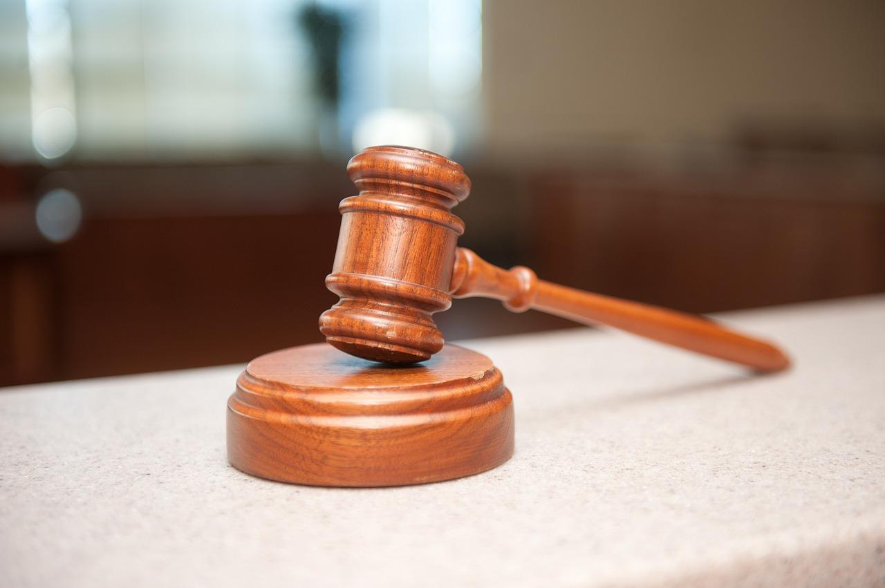 Quelle est la différence entre un avocat et un avocat général?