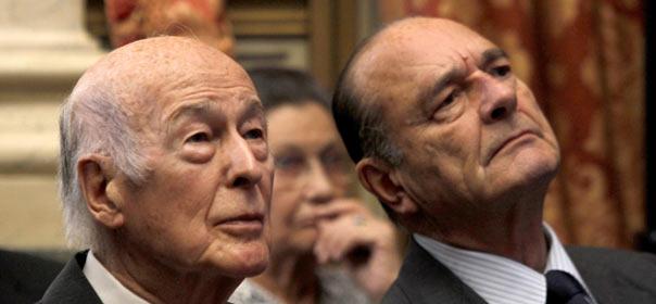 Les anciens présidents Valéry Giscard d'Estaing et Jacques Chirac sont membres de droit du Conseil Constitutionnel. © REUTERS.