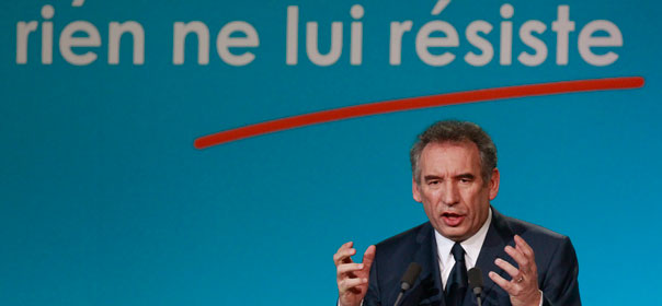 François Bayrou a tenu son premier grand meeting de campagne à Dunkerque le 19 janvier 2011.© REUTERS.