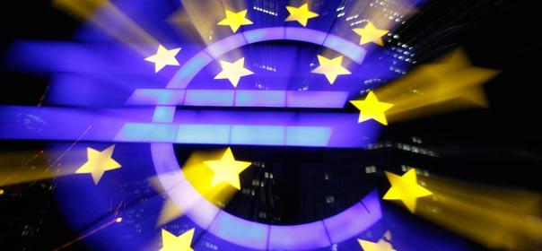Dimanche 15 avril place de la Concorde, Nicolas Sarkozy a dit vouloir ouvrir le débat sur le rôle de la BCE. ©REUTERS.