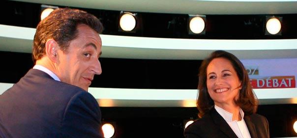 Nicolas Sarkozy et Ségolène Royal le 2 mai 2007, avant le débat de l'entre-deux tours. © REUTERS