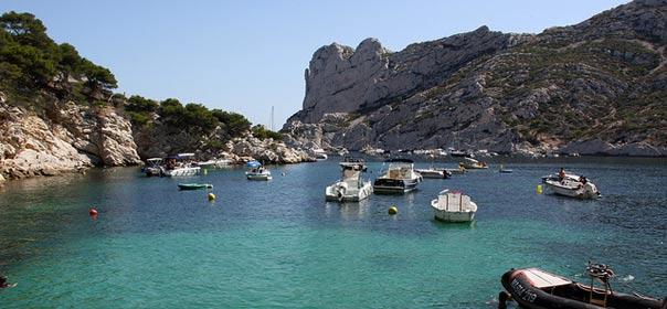 Calanques de Marseilles, Image FlickR CC license by Niall62