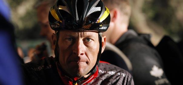 Le cycliste Lance Armstrong, vainqueur à sept reprises du Tour de France, est accusé de dopage par l'agence antidopage américaine. © REUTERS