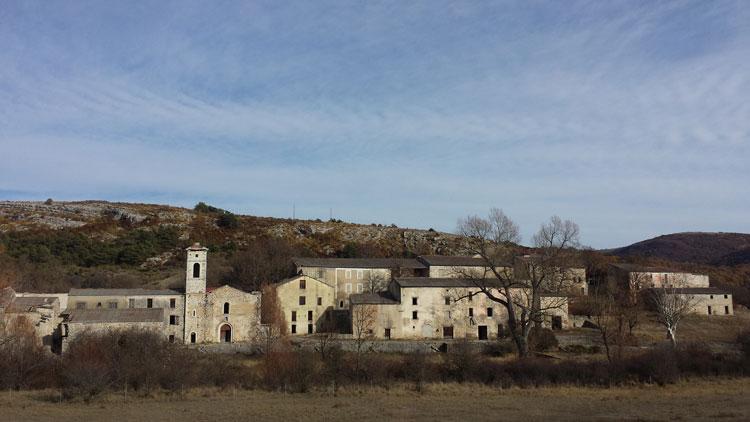 Brovès : le village fantôme qui hante le Var